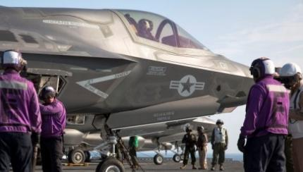 Marine Corps F-35Bs Head to Sea Ahead of July 1 IOC