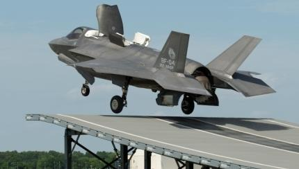 UK to Buy More F-35 Jets, Boost Anti-Terror Budget