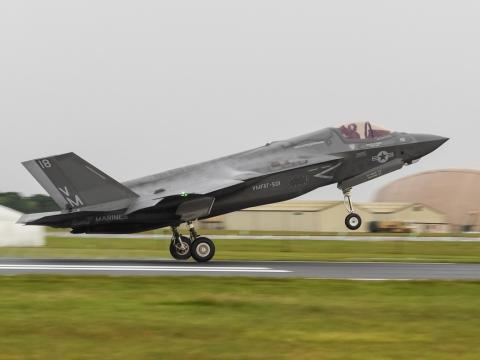 F-35B Lands in the UK
