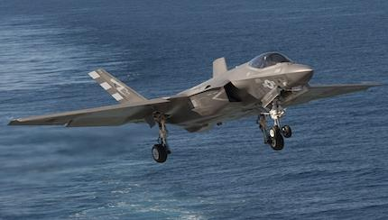Marine Corps Aviation Officer Believes Study Will Back F-35 Over Super Hornet