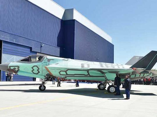 Roll-out per il primo F-35B assemblato in Italia