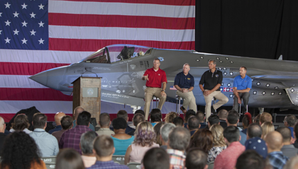 Lockheed Vice President Lauds F-35 Workforce