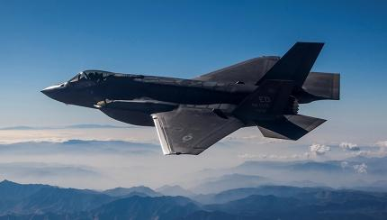 Lockheed Martin Offers F-35 to Canada As 'Interim' Fighter Jet